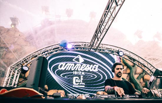 fiesta Amnesia Presents at Ostend Beach